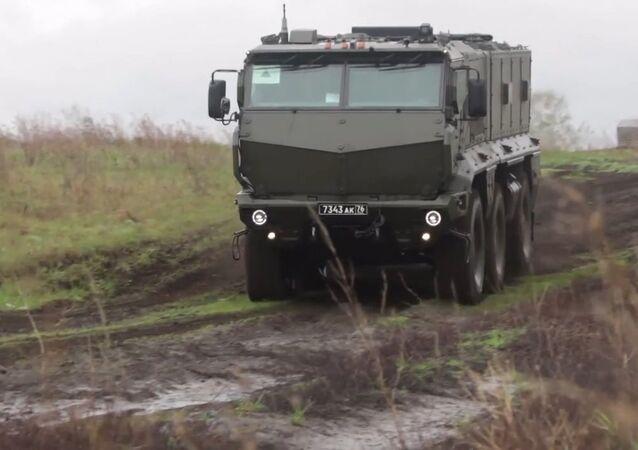 Nejnovější obrněné vozidlo Tajfun-K ukázali během cvičení
