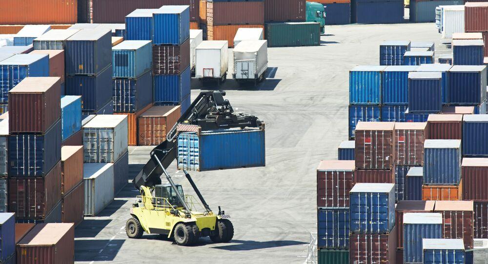 Přeprava kontejnerů (ilustrační foto)