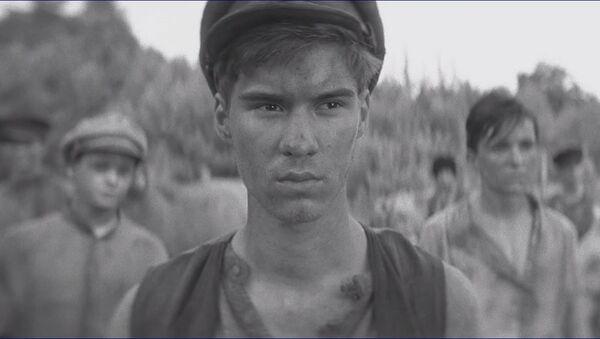 Záběr z filmu Nabarvené ptáče - Sputnik Česká republika