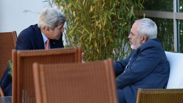 John Kerry a Mohammad Džavad Zarif - Sputnik Česká republika