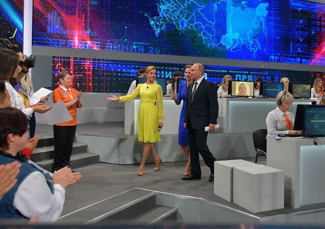Vladimir Putin ve studiu