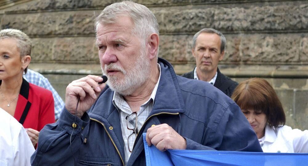Český novinář, spisovatel a politik Jaromír Štětina