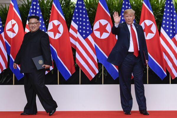 Historická událost: setkání prezidenta USA a lídra KLDR - Sputnik Česká republika