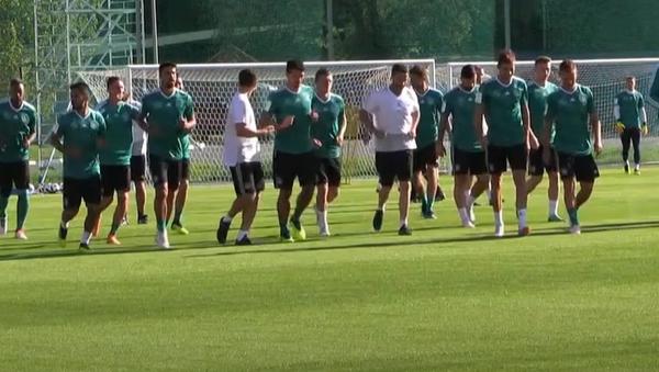 Němečtí fotbalisté se připravují na svůj první zápas na MS 2018 - Sputnik Česká republika