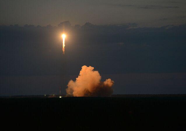 Vypuštění navigační družice Glonass-M z kosmodromu Pleseck