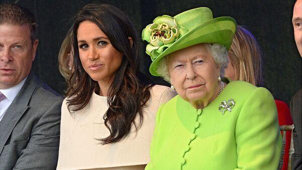 Meghan Markle a britská královna Alžběta II. - Sputnik Česká republika