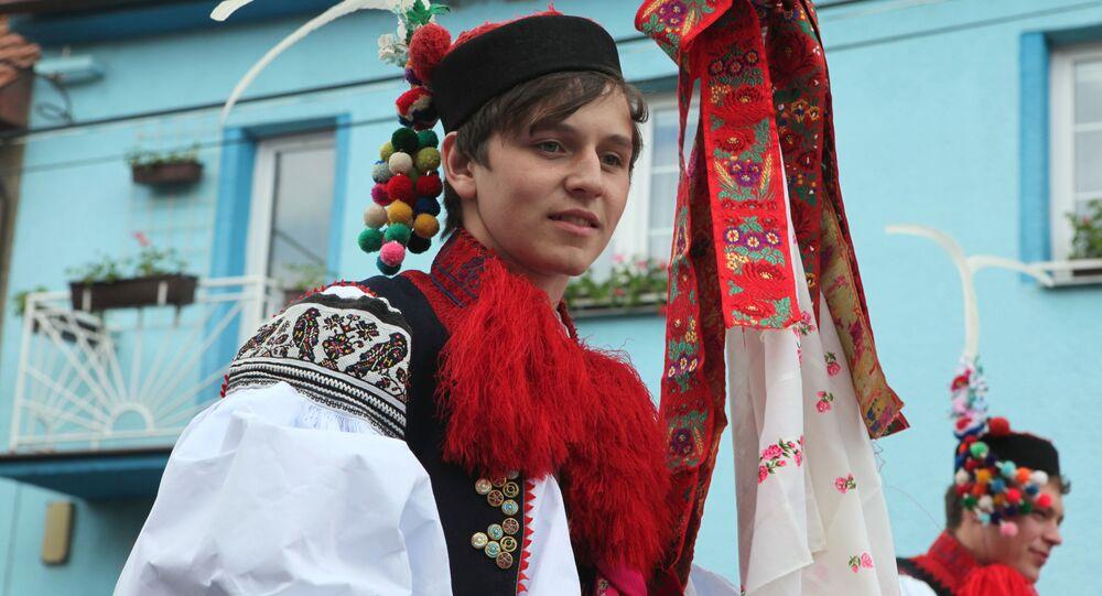 Mladík v tradičním moravském kroji
