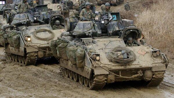 Americké obrněné vozy pěchoty Bradley - Sputnik Česká republika