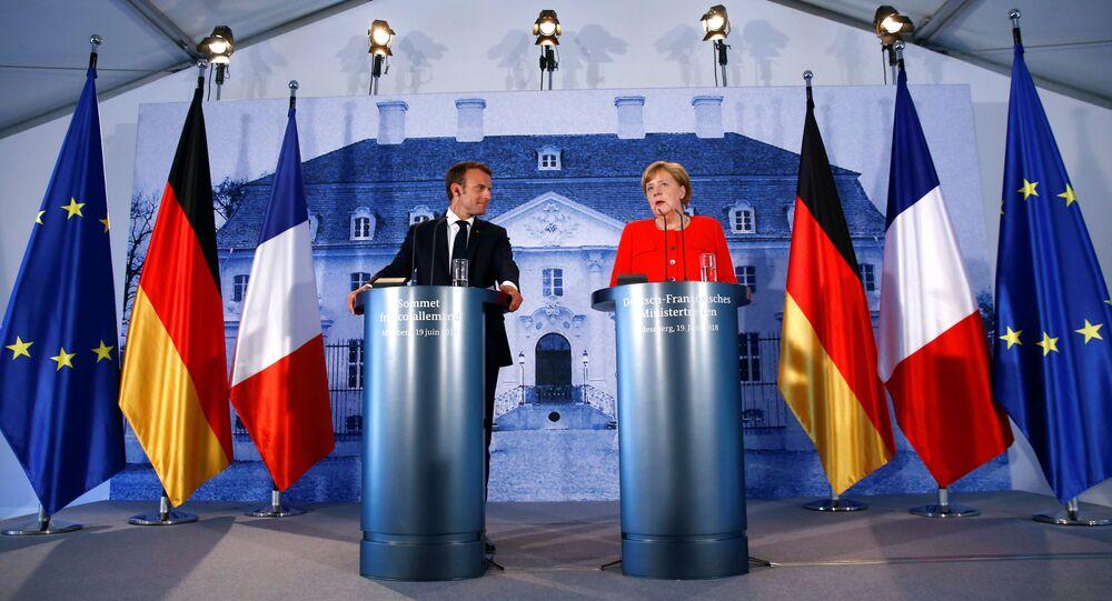 Francouzský prezident Emmanuel Macron a německá kancléřka Angela Merkelová
