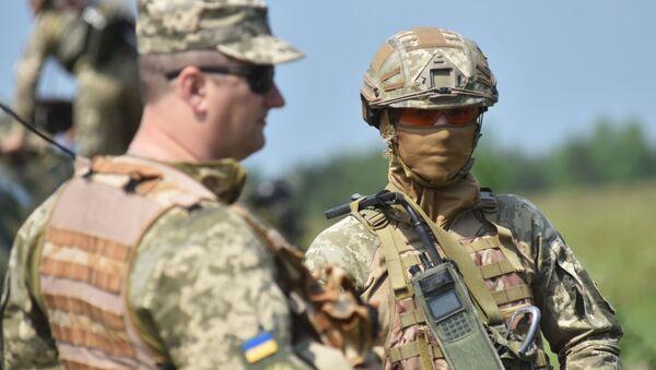 Ukrajinští vojáci během taktických cvičení. Ilustrační foto - Sputnik Česká republika