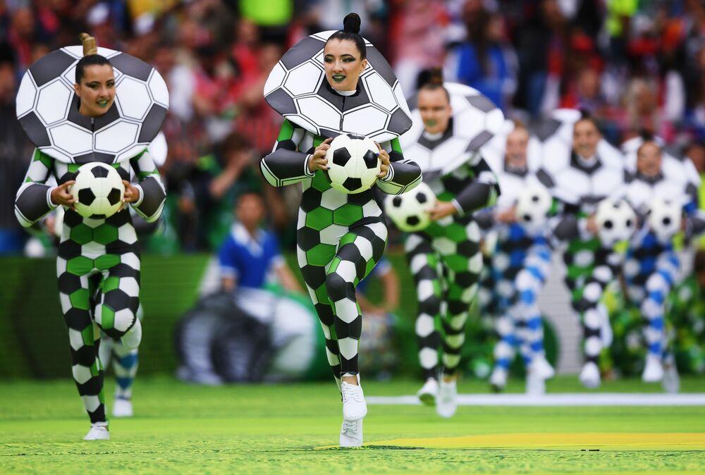 Slavnostní zahájení světového poháru FIFA v roce 2018 na stadionu Luzhniki, 2018
