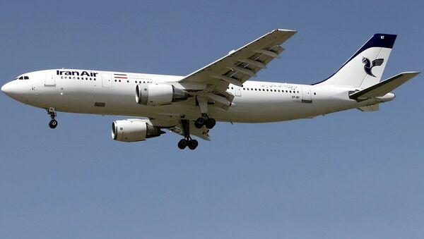 Íránské civilní letadlo Airbus A300B2 - Sputnik Česká republika