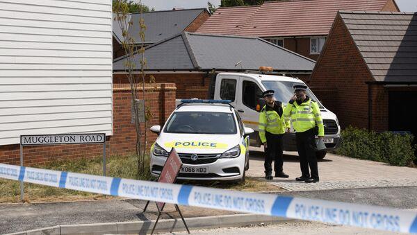 Policie u domy oběti otravy nervově paralytickou látkou v Amesbury - Sputnik Česká republika