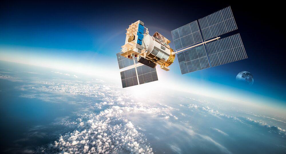 Sputnik na oběžné dráze Země