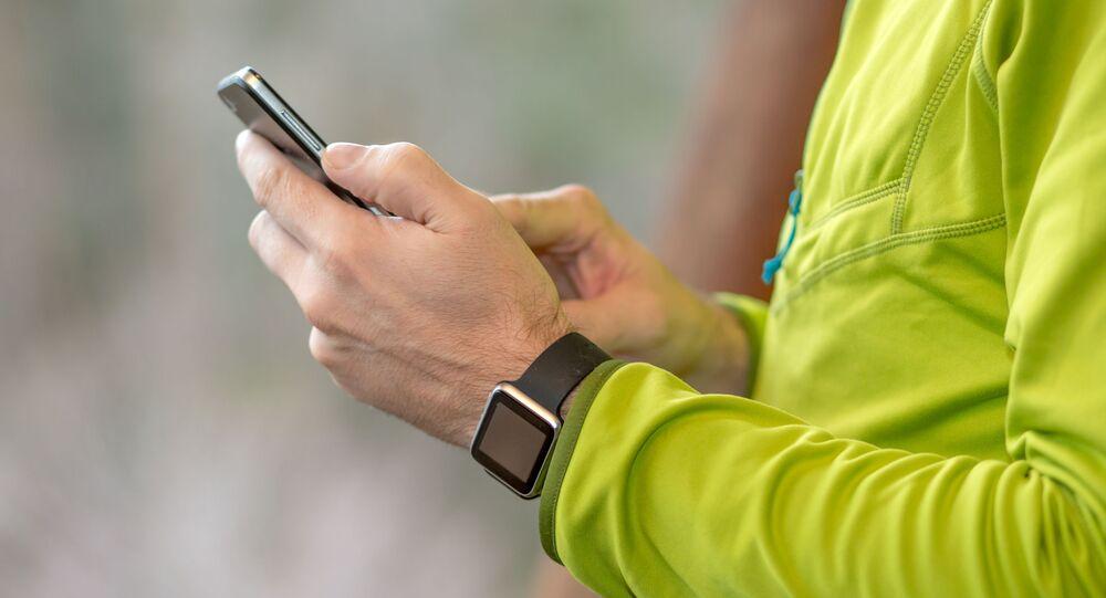 Mobil a smart hodinky