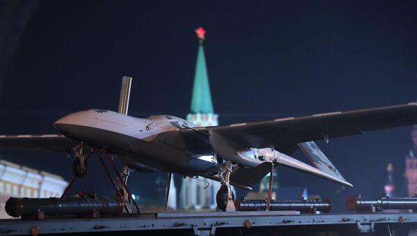 Letoun u Kremlu - Sputnik Česká republika