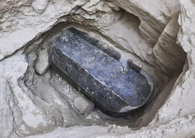 Černý sarkofág