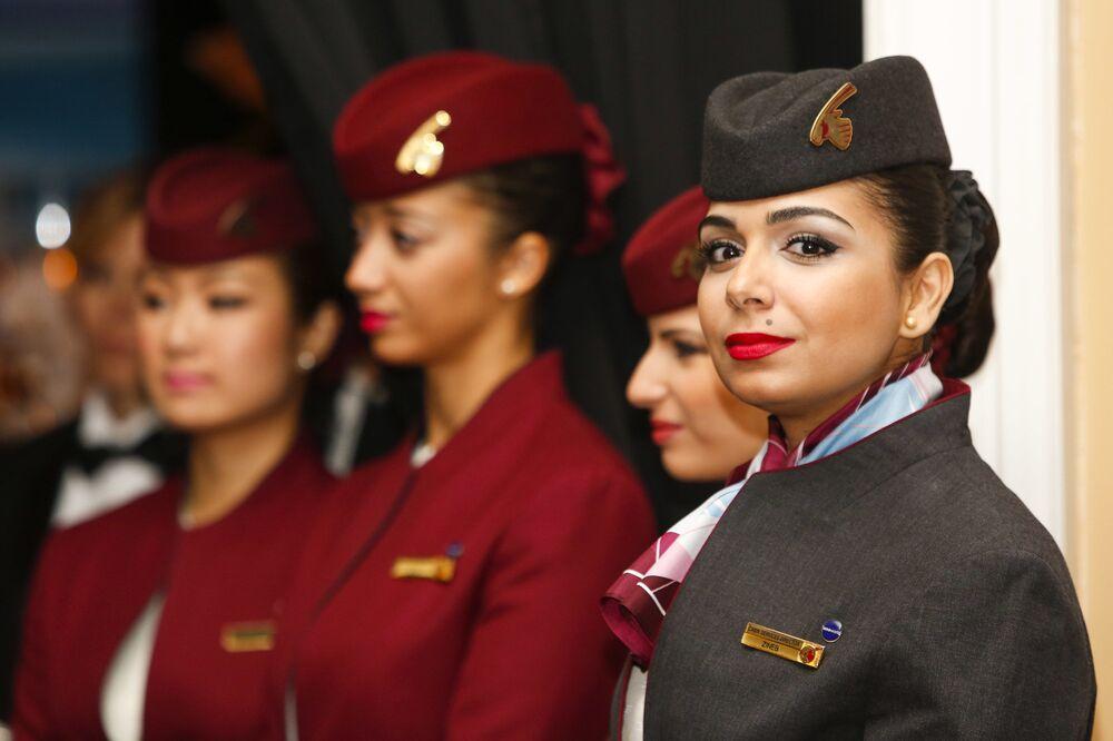 Letušky aerolinek Qatar Airways