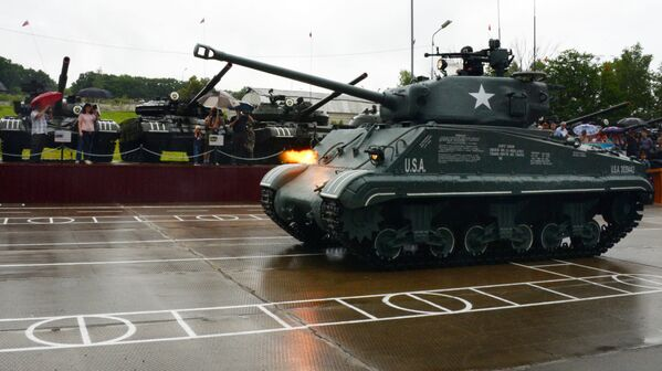 Druhý život Shermana: v Rusku rekonstruovali tank, který ležel v moři 70 let - Sputnik Česká republika
