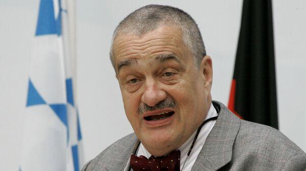 Poslanec a čestný předseda TOP 09 Karel Schwarzenberg - Sputnik Česká republika
