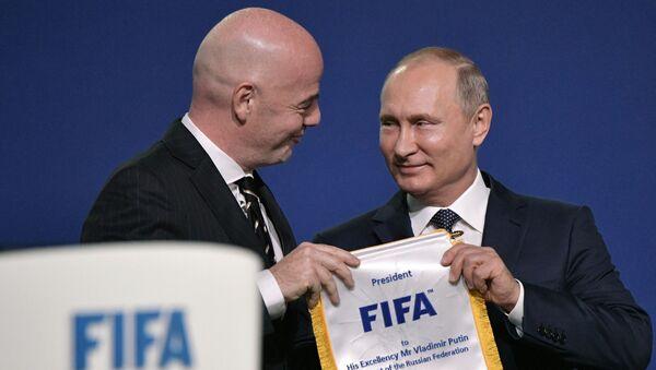 Putin a prezident FIFA - Sputnik Česká republika