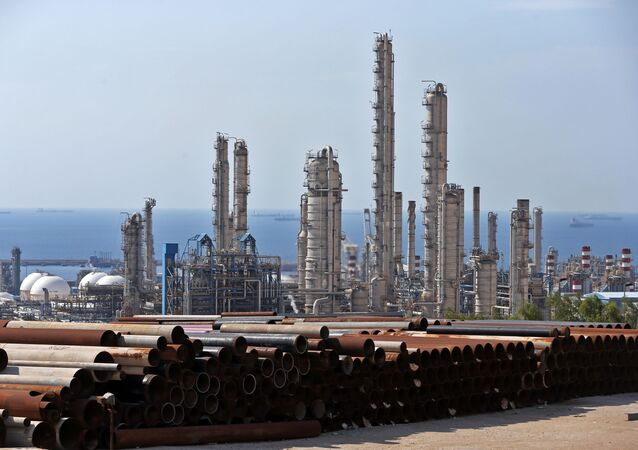 Petrochemický závod v Íránu