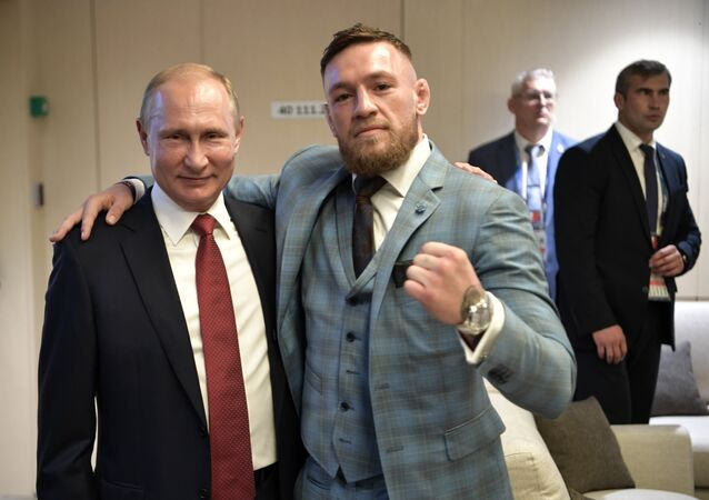 Ruský prezident Putin a bojovník UFC McGregor