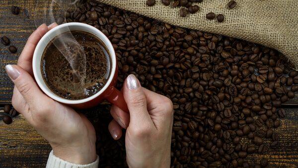Šálek s kávou - Sputnik Česká republika