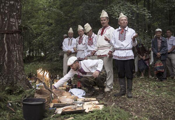 Poslední pohané Evropy. Tradice a rituály Marijců - Sputnik Česká republika