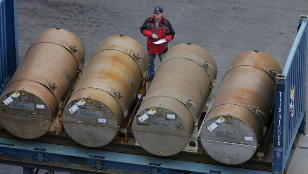 Sudy s uranem v petrohradském přístavu - Sputnik Česká republika