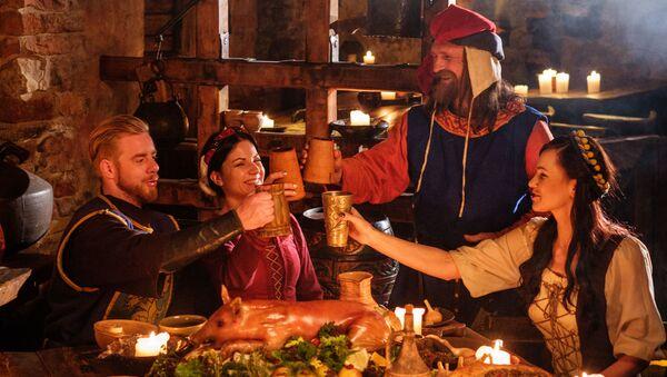 Středověký oběd - Sputnik Česká republika
