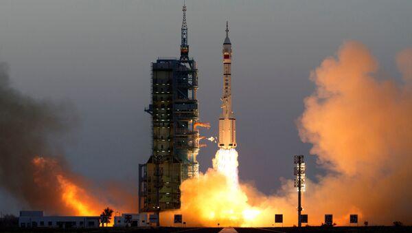 Start Shenzhou-11 v Číně - Sputnik Česká republika