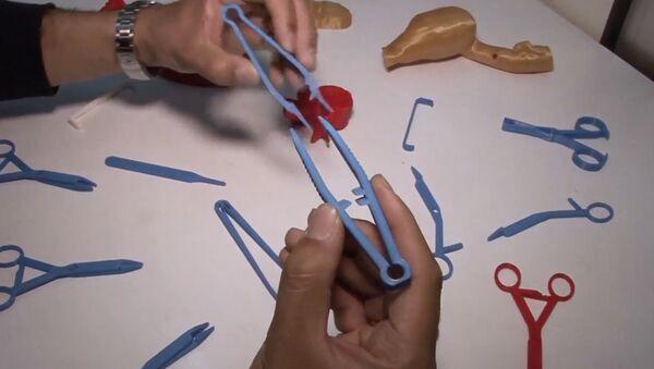 Chirurgické nástroje z 3D tiskárny - Sputnik Česká republika