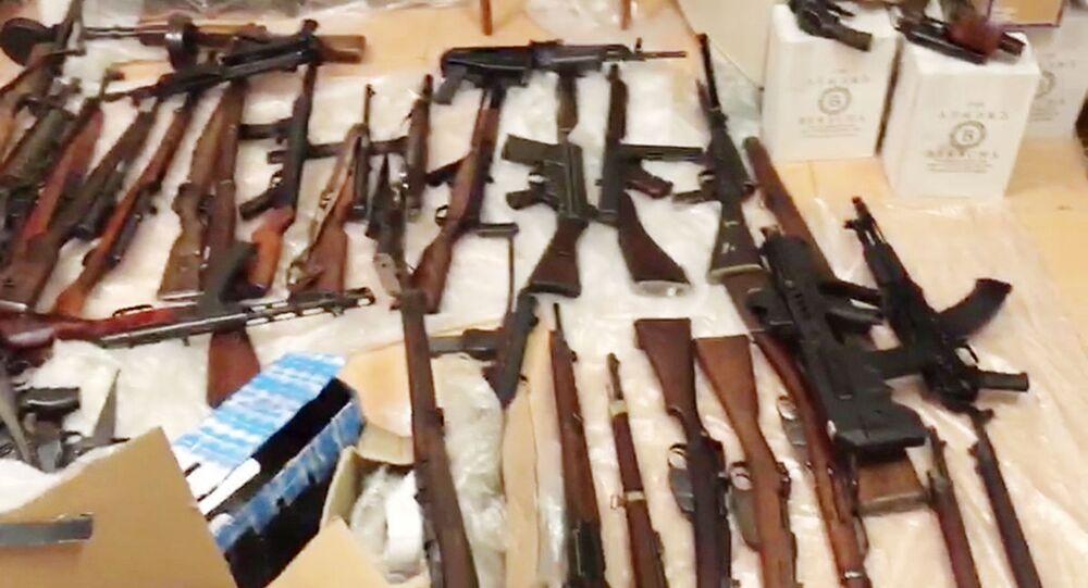 FSB zlikvidovala kanál pro zásobování zbraní z EU