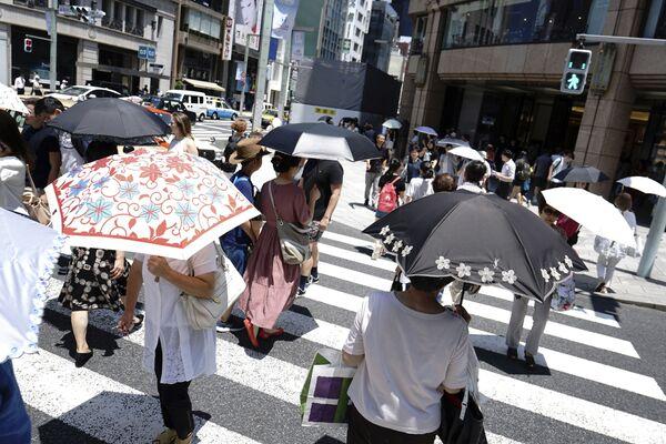 Vedro jako na Sahaře! Japonce trápí anomální teploty - Sputnik Česká republika