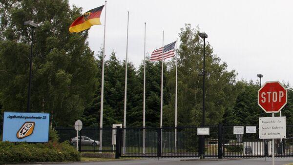 Hlavní brána letecká základny Büchel. Ilustrační foto - Sputnik Česká republika