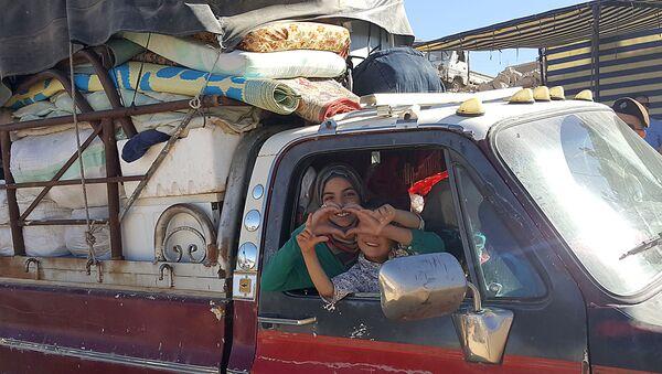 Syřané se vrací do svých domovů. Ilustrační foto - Sputnik Česká republika
