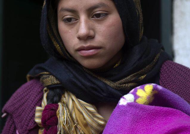Dívka zahalená v hidžábu už není v mexickém městě San Cristobál