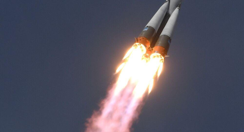 Start Sojuzu MS-09