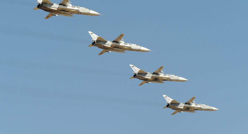 Letouny Su-24 nad Rostovskou oblastí