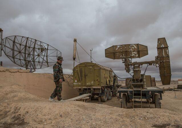 Syrská protivzdušná obrana v provincii Homs