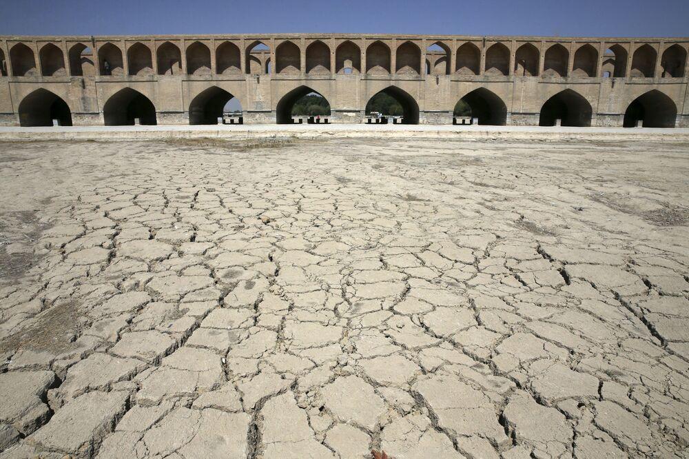 Katastrofické sucho. Svět trpí absencí vody