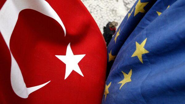 Vlajka Turecka a Evropské unie - Sputnik Česká republika