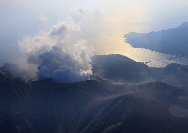 Erupce sopky v Japonsku. Archivní foto