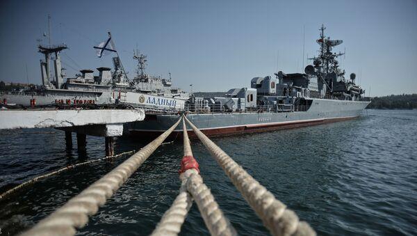 Loď Ladnyj před odploutím do Středozemního moře - Sputnik Česká republika