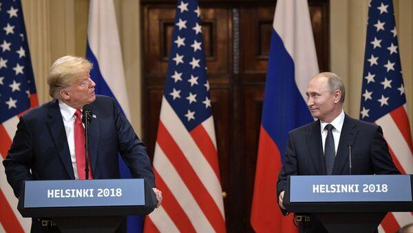 Donald Trump a Vladimir Putin v Helsinkách - Sputnik Česká republika