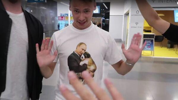 Do Petrohradu přijel mladý český youtuber. Všechno se mu zdálo směšné a odporné (VIDEO) - Sputnik Česká republika