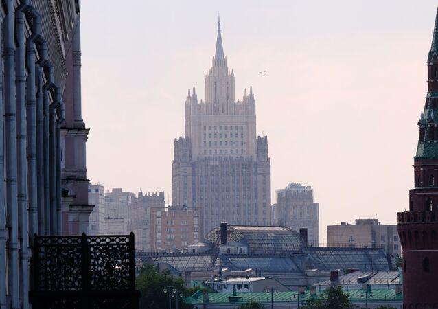 Высотное здание министерства иностранных дел РФ