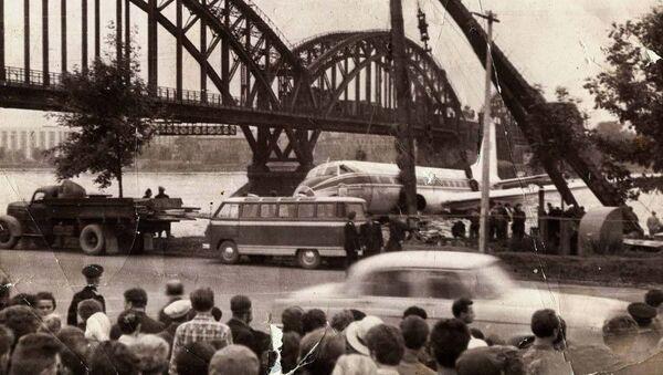Přistání Tu-124 na Něvě v roce 1963 - Sputnik Česká republika
