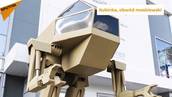Kalašnikov prezentoval civilní elektrický motocykl a robota - Sputnik Česká republika